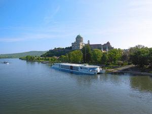 Rad- und Schiffreise an der Donau