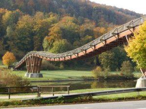 Tatzlwurmbrücke über der Altmühl bei Essing