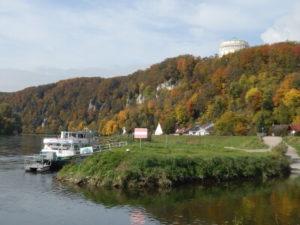 Kelheim mit Donau und Befreiungshalle