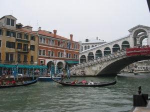 Venedig mit Canale Grande und Rialto Brücke