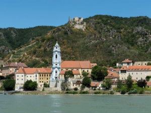 Radreisen Donau Passau-Wien, auch durch die schöne Stadt Dürnstein