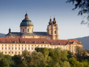 Radreisen Donau Passau-Wien, auch vorbei am berühmten Kloster Melk